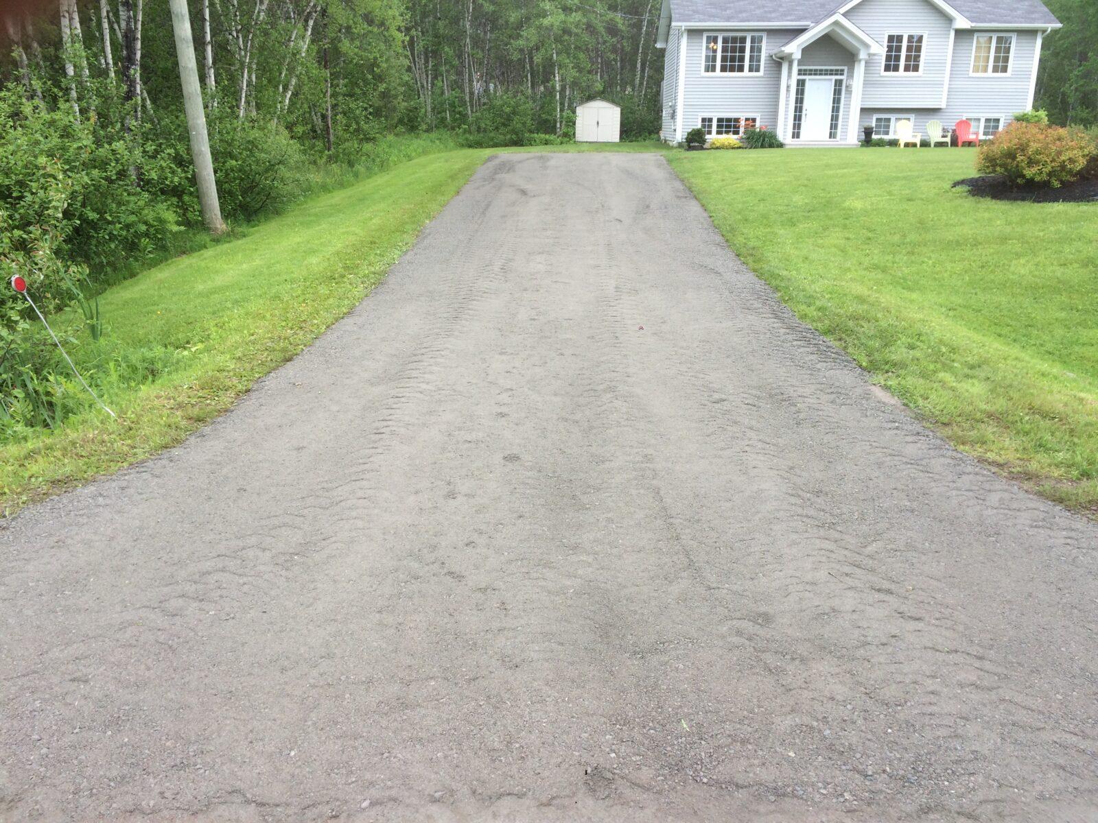 gravel doctor alrock estimate alrock ground maintenance moncton gravel driveway repair nb. Black Bedroom Furniture Sets. Home Design Ideas